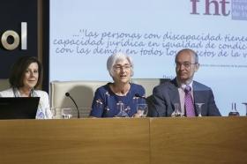 """Presentación oficial de la Fundación Hispalense de Tutelas en la Fundación Cajasol (4) • <a style=""""font-size:0.8em;"""" href=""""http://www.flickr.com/photos/129072575@N05/34719652443/"""" target=""""_blank"""">View on Flickr</a>"""