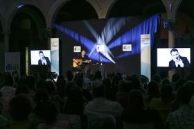 """Concierto de Revólver en la Fundación Cajasol (13) • <a style=""""font-size:0.8em;"""" href=""""http://www.flickr.com/photos/129072575@N05/35353400661/"""" target=""""_blank"""">View on Flickr</a>"""