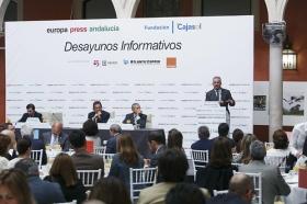 """Desayunos Informativos de Europa Press con Robert F. Kennedy Jr. desde la Fundación Cajasol (14) • <a style=""""font-size:0.8em;"""" href=""""http://www.flickr.com/photos/129072575@N05/34750422875/"""" target=""""_blank"""">View on Flickr</a>"""