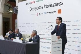 """Desayunos Informativos de Europa Press con Robert F. Kennedy Jr. desde la Fundación Cajasol (6) • <a style=""""font-size:0.8em;"""" href=""""http://www.flickr.com/photos/129072575@N05/33908055314/"""" target=""""_blank"""">View on Flickr</a>"""