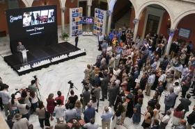 """Presentación de la Memoria 2016 de la Fundación Cajasol (17) • <a style=""""font-size:0.8em;"""" href=""""http://www.flickr.com/photos/129072575@N05/35145102245/"""" target=""""_blank"""">View on Flickr</a>"""