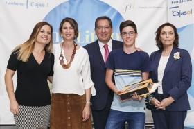 """Entrega IV Premios 'Mi libro preferido' en la Fundación Cajasol (5) • <a style=""""font-size:0.8em;"""" href=""""http://www.flickr.com/photos/129072575@N05/34468013733/"""" target=""""_blank"""">View on Flickr</a>"""