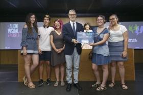 """Entrega de los III Premios 'El Audiovisual en la Escuela' en la Fundación Cajasol (10) • <a style=""""font-size:0.8em;"""" href=""""http://www.flickr.com/photos/129072575@N05/35400221126/"""" target=""""_blank"""">View on Flickr</a>"""