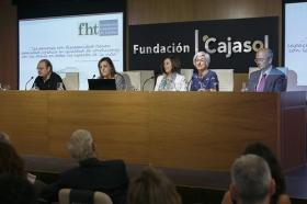 """Presentación oficial de la Fundación Hispalense de Tutelas en la Fundación Cajasol (3) • <a style=""""font-size:0.8em;"""" href=""""http://www.flickr.com/photos/129072575@N05/34719652063/"""" target=""""_blank"""">View on Flickr</a>"""