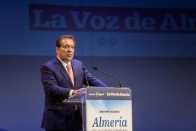 """Desayuno La Voz de Almería: Juanma Moreno (4) • <a style=""""font-size:0.8em;"""" href=""""http://www.flickr.com/photos/129072575@N05/35398443591/"""" target=""""_blank"""">View on Flickr</a>"""