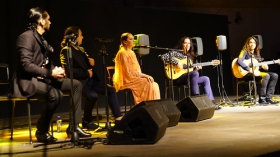 "Estival Flamenco Cádiz 2017: Tomatito y Rancapino (6 • <a style=""font-size:0.8em;"" href=""http://www.flickr.com/photos/129072575@N05/35358467904/"" target=""_blank"">View on Flickr</a>"
