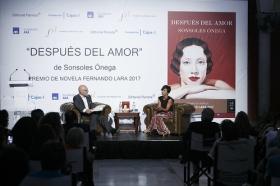 """Presentación de 'Después del amor' desde la Fundación Cajasol (20) • <a style=""""font-size:0.8em;"""" href=""""http://www.flickr.com/photos/129072575@N05/37433273125/"""" target=""""_blank"""">View on Flickr</a>"""