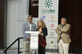 """Estreno de la película documental 'Salvador Távora: La excepción' en la Fundación Cajasol (10) • <a style=""""font-size:0.8em;"""" href=""""http://www.flickr.com/photos/129072575@N05/37260281512/"""" target=""""_blank"""">View on Flickr</a>"""