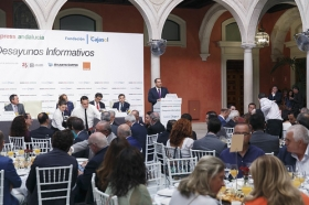 "Desayuno Informativo de Europa Press: Juan Espadas (3) • <a style=""font-size:0.8em;"" href=""http://www.flickr.com/photos/129072575@N05/37032774100/"" target=""_blank"">View on Flickr</a>"