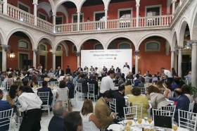 "Desayuno Informativo de Europa Press: Juan Espadas (37) • <a style=""font-size:0.8em;"" href=""http://www.flickr.com/photos/129072575@N05/37259246932/"" target=""_blank"">View on Flickr</a>"
