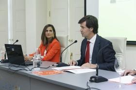 """Presentación del Libro Blanco 'La Educación importa', elaborado por la CEOE, en la Fundación Cajasol (6) • <a style=""""font-size:0.8em;"""" href=""""http://www.flickr.com/photos/129072575@N05/37096323571/"""" target=""""_blank"""">View on Flickr</a>"""
