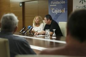 """Estreno de la película documental 'Salvador Távora: La excepción' en la Fundación Cajasol (17) • <a style=""""font-size:0.8em;"""" href=""""http://www.flickr.com/photos/129072575@N05/37260271652/"""" target=""""_blank"""">View on Flickr</a>"""