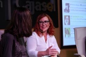 """Fundación Cajasol en un tuit: Redes Sociales y Divulgación Científica (10) • <a style=""""font-size:0.8em;"""" href=""""http://www.flickr.com/photos/129072575@N05/37599997632/"""" target=""""_blank"""">View on Flickr</a>"""