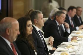 """Visita del Embajador de Bulgaria en España a la Fundación Cajasol (13) • <a style=""""font-size:0.8em;"""" href=""""http://www.flickr.com/photos/129072575@N05/24093110158/"""" target=""""_blank"""">View on Flickr</a>"""