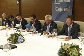 """Encuentro Empresarial con Embajador de Ecuador en España a la Fundación Cajasol (5) • <a style=""""font-size:0.8em;"""" href=""""http://www.flickr.com/photos/129072575@N05/37046240940/"""" target=""""_blank"""">View on Flickr</a>"""