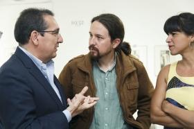 """Encuentros de la SER dedicados a los 40 años del 4 de diciembre con Pablo Iglesias y Teresa Rodríguez (3) • <a style=""""font-size:0.8em;"""" href=""""http://www.flickr.com/photos/129072575@N05/23953883668/"""" target=""""_blank"""">View on Flickr</a>"""
