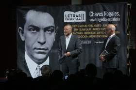 "Letras en Sevilla: 'Chaves Nogales, una tragedia española' con Pérez Reverte, Vigorra, Pilar Chaves y Antony Jones (10) • <a style=""font-size:0.8em;"" href=""http://www.flickr.com/photos/129072575@N05/24218732288/"" target=""_blank"">View on Flickr</a>"
