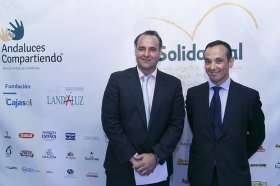 "V Gala Solidaria Andaluces Compartiendo (9) • <a style=""font-size:0.8em;"" href=""http://www.flickr.com/photos/129072575@N05/37549357400/"" target=""_blank"">View on Flickr</a>"
