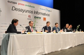 "Desayuno Informativo de Europa Press: Rafael Hernando (3) • <a style=""font-size:0.8em;"" href=""http://www.flickr.com/photos/129072575@N05/23678740898/"" target=""_blank"">View on Flickr</a>"