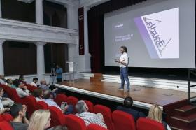 "Jornada 'El Futuro es Hoy' en la Fundación Cajasol (14) • <a style=""font-size:0.8em;"" href=""http://www.flickr.com/photos/129072575@N05/24093104168/"" target=""_blank"">View on Flickr</a>"
