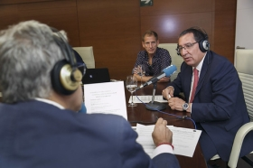 "Entrevista a Antonio Pulido en COPE Sevilla (5) • <a style=""font-size:0.8em;"" href=""http://www.flickr.com/photos/129072575@N05/37373499980/"" target=""_blank"">View on Flickr</a>"