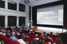 "Jornada 'El Futuro es Hoy' en la Fundación Cajasol • <a style=""font-size:0.8em;"" href=""http://www.flickr.com/photos/129072575@N05/24093100388/"" target=""_blank"">View on Flickr</a>"