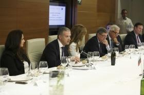 """Visita del Embajador de Bulgaria en España a la Fundación Cajasol (2) • <a style=""""font-size:0.8em;"""" href=""""http://www.flickr.com/photos/129072575@N05/26168592539/"""" target=""""_blank"""">View on Flickr</a>"""