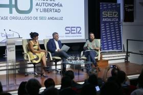 """Encuentros de la SER dedicados a los 40 años del 4 de diciembre con Pablo Iglesias y Teresa Rodríguez (14) • <a style=""""font-size:0.8em;"""" href=""""http://www.flickr.com/photos/129072575@N05/23953884618/"""" target=""""_blank"""">View on Flickr</a>"""