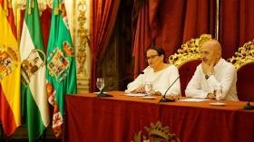 """Conferencia de Sebastián Álvaro 'Derribando mitos. Al filo de lo imposible' en Cádiz (7) • <a style=""""font-size:0.8em;"""" href=""""http://www.flickr.com/photos/129072575@N05/36875274783/"""" target=""""_blank"""">View on Flickr</a>"""