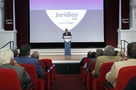 "Entrega del IX Premio a la Trayectoria Jurídica organizado por ABC (3) • <a style=""font-size:0.8em;"" href=""http://www.flickr.com/photos/129072575@N05/37289206831/"" target=""_blank"">View on Flickr</a>"