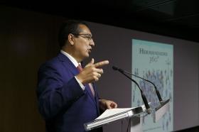 """Presentación del libro 'Hermandades 360º' en la Fundación Cajasol (9) • <a style=""""font-size:0.8em;"""" href=""""http://www.flickr.com/photos/129072575@N05/37722474916/"""" target=""""_blank"""">View on Flickr</a>"""