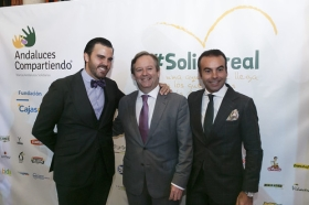 "V Gala Solidaria Andaluces Compartiendo (6) • <a style=""font-size:0.8em;"" href=""http://www.flickr.com/photos/129072575@N05/37549356690/"" target=""_blank"">View on Flickr</a>"