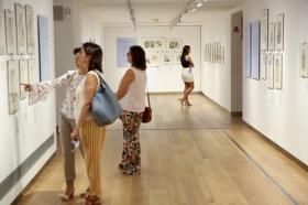 "Noche en Blanco Sevilla 2017 en la Fundación Cajasol (3) • <a style=""font-size:0.8em;"" href=""http://www.flickr.com/photos/129072575@N05/37544363421/"" target=""_blank"">View on Flickr</a>"