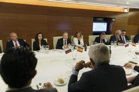 """Visita del Embajador de Bulgaria en España a la Fundación Cajasol (8) • <a style=""""font-size:0.8em;"""" href=""""http://www.flickr.com/photos/129072575@N05/24093094768/"""" target=""""_blank"""">View on Flickr</a>"""