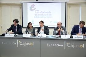 """Encuentro sobre 'Los efectos de la inversión en infraestructuras' desde la Fundación Cajasol (12) • <a style=""""font-size:0.8em;"""" href=""""http://www.flickr.com/photos/129072575@N05/37500634064/"""" target=""""_blank"""">View on Flickr</a>"""