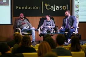 """Fundación Cajasol en un tuit: 'Los límites del derecho y el social media' (2) • <a style=""""font-size:0.8em;"""" href=""""http://www.flickr.com/photos/129072575@N05/37725885544/"""" target=""""_blank"""">View on Flickr</a>"""