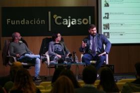 """Fundación Cajasol en un tuit: 'Los límites del derecho y el social media' (8) • <a style=""""font-size:0.8em;"""" href=""""http://www.flickr.com/photos/129072575@N05/37725887284/"""" target=""""_blank"""">View on Flickr</a>"""
