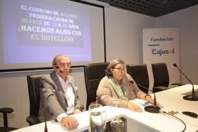 """Aula de Salud en Fundación Cajasol (Córdoba): El alcohol en los jóvenes • <a style=""""font-size:0.8em;"""" href=""""http://www.flickr.com/photos/129072575@N05/38249800596/"""" target=""""_blank"""">View on Flickr</a>"""