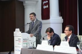 """Desayunos Informativos de Europa Press, con el ministro de Justicia, Rafael Catalá, en la Fundación Cajasol (7) • <a style=""""font-size:0.8em;"""" href=""""http://www.flickr.com/photos/129072575@N05/38702544631/"""" target=""""_blank"""">View on Flickr</a>"""