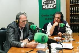 """Programa especial 'Aquí en la Onda' de Onda Cero desde la Fundación Cajasol (5) • <a style=""""font-size:0.8em;"""" href=""""http://www.flickr.com/photos/129072575@N05/25132397948/"""" target=""""_blank"""">View on Flickr</a>"""