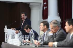"""Desayunos Informativos de Europa Press, con el ministro de Justicia, Rafael Catalá, en la Fundación Cajasol (10) • <a style=""""font-size:0.8em;"""" href=""""http://www.flickr.com/photos/129072575@N05/38702544931/"""" target=""""_blank"""">View on Flickr</a>"""