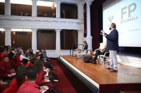 "Encuentro 'Descubre FP' en la Fundación Cajasol (7) • <a style=""font-size:0.8em;"" href=""http://www.flickr.com/photos/129072575@N05/37708400895/"" target=""_blank"">View on Flickr</a>"