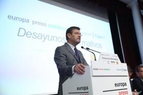 """Desayunos Informativos de Europa Press, con el ministro de Justicia, Rafael Catalá, en la Fundación Cajasol (4) • <a style=""""font-size:0.8em;"""" href=""""http://www.flickr.com/photos/129072575@N05/26926597969/"""" target=""""_blank"""">View on Flickr</a>"""