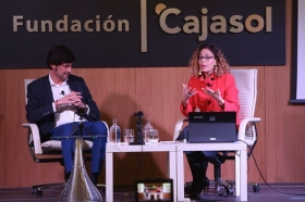 "Fundación Cajasol en un tuit: 'Social Media, Big Data y Growth Hacking' (6) • <a style=""font-size:0.8em;"" href=""http://www.flickr.com/photos/129072575@N05/37679297015/"" target=""_blank"">View on Flickr</a>"