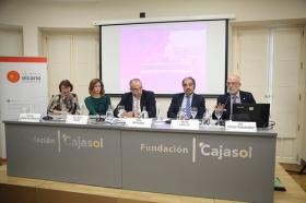 """Seminario 'La seguridad en la cuenca mediterránea: desafíos compartidos' en la Fundación Cajasol (14) • <a style=""""font-size:0.8em;"""" href=""""http://www.flickr.com/photos/129072575@N05/24393145648/"""" target=""""_blank"""">View on Flickr</a>"""