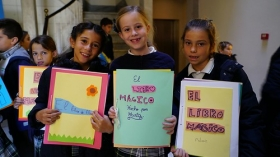 """Talleres educativos en la I Semana de las Letras de Cádiz en la Fundación Cajasol (13) • <a style=""""font-size:0.8em;"""" href=""""http://www.flickr.com/photos/129072575@N05/26684321369/"""" target=""""_blank"""">View on Flickr</a>"""