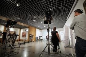 "Entrevista a Antonio Pulido en 'Con Acento Andaluz' desde Fundación Cajasol (Córdoba) (3) • <a style=""font-size:0.8em;"" href=""http://www.flickr.com/photos/129072575@N05/38089354886/"" target=""_blank"">View on Flickr</a>"