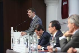 """Desayunos Informativos de Europa Press, con el ministro de Justicia, Rafael Catalá, en la Fundación Cajasol (6) • <a style=""""font-size:0.8em;"""" href=""""http://www.flickr.com/photos/129072575@N05/26926598069/"""" target=""""_blank"""">View on Flickr</a>"""