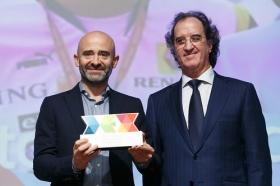 """Entrega de los I Premios DEX en la Fundación Cajasol (11) • <a style=""""font-size:0.8em;"""" href=""""http://www.flickr.com/photos/129072575@N05/24185694777/"""" target=""""_blank"""">View on Flickr</a>"""