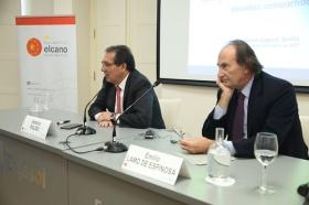 """Seminario 'La seguridad en la cuenca mediterránea: desafíos compartidos' en la Fundación Cajasol (17) • <a style=""""font-size:0.8em;"""" href=""""http://www.flickr.com/photos/129072575@N05/24393143638/"""" target=""""_blank"""">View on Flickr</a>"""